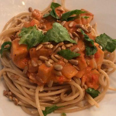 Stroganoff Med Tofu och Spagetthi